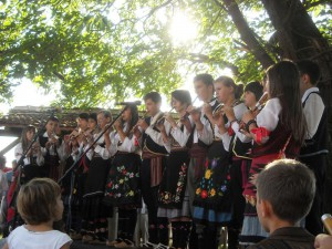 Flute orchestra from Brus